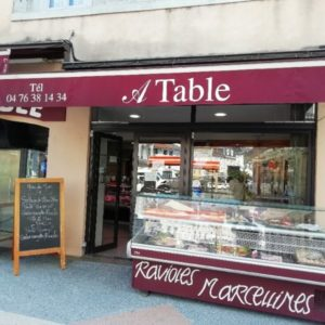A TABLE_Traiteur-VITRINE