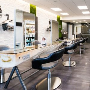 CHRISTINE ALVES_Salon de coiffure barbier-vitrine