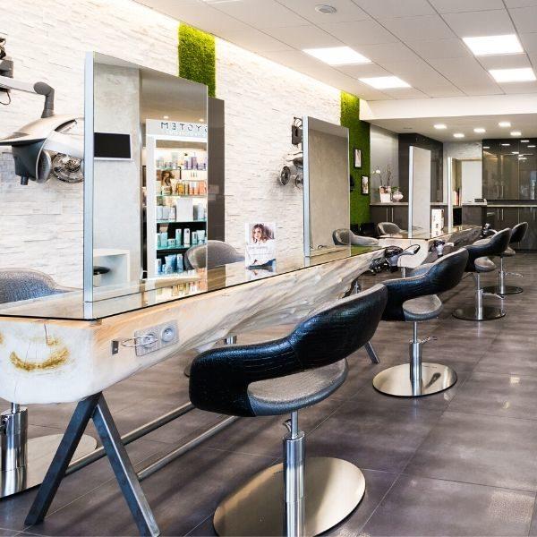 CHRISTINE ALVES_Salon de coiffure barbier-vitrine