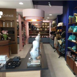 ESCAPADE_Bijouterie-maroquinerie & accessoires de mode-VITRINE