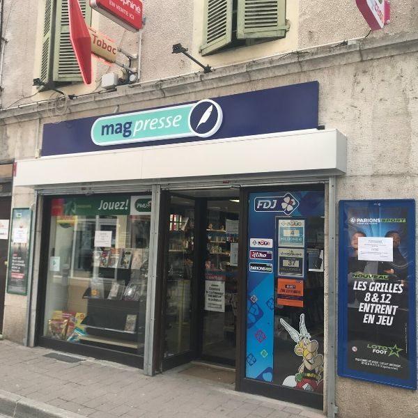 LE JAURES-Bureau de tabac-vitrine
